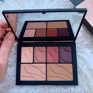 All-in-one NARS face palette in 'Hot Nights'